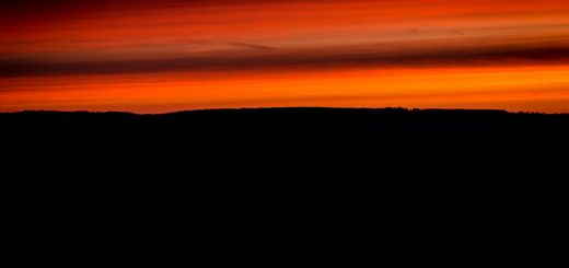 Red Dawn - Castle Cary, Somerset, UK. ID 805_7816