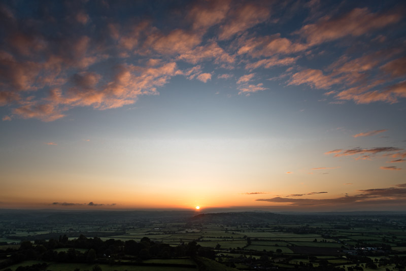 Sunrise from Glastonbury Tor - Somerset, UK. ID 823_3884