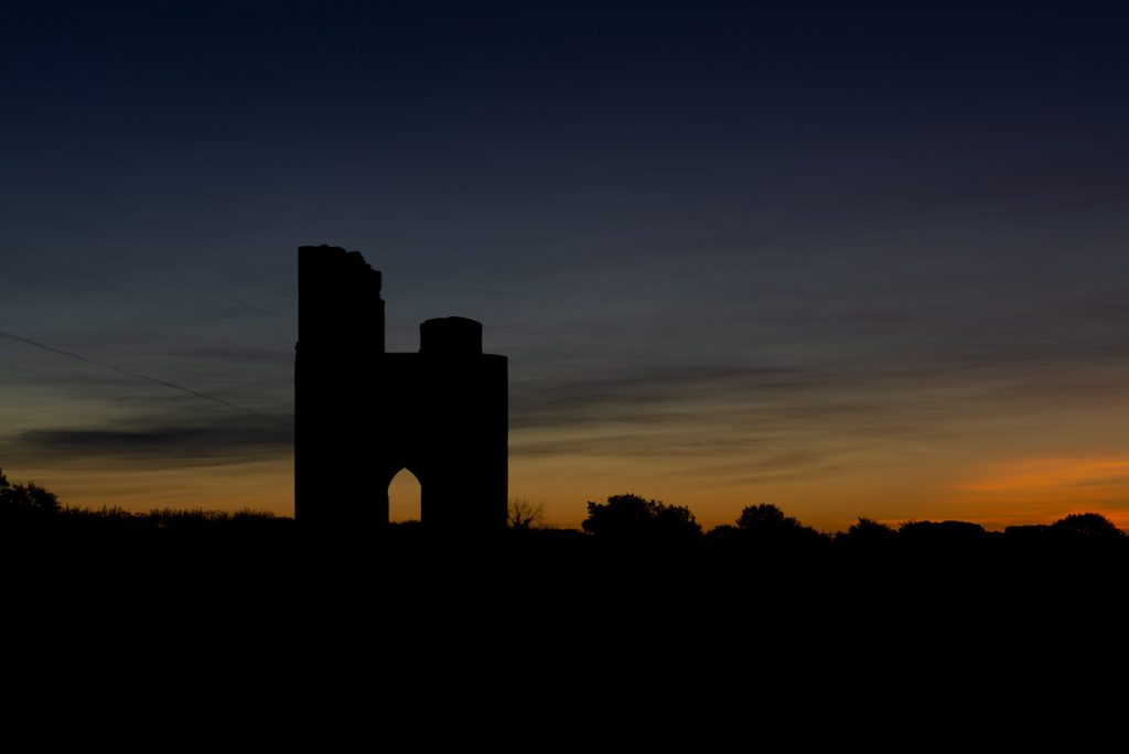 6:40am Dawn at Ditcheat Folly - Ditcheat Hill, Somerset, UK. ID 826_0063