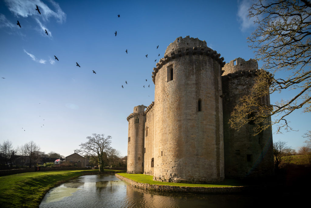Nunney Castle - Somerst, UK. ID 828_2309